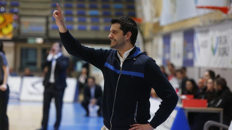Lasd imágenes del baloncesto Peixe GalegoCovirán Granada
