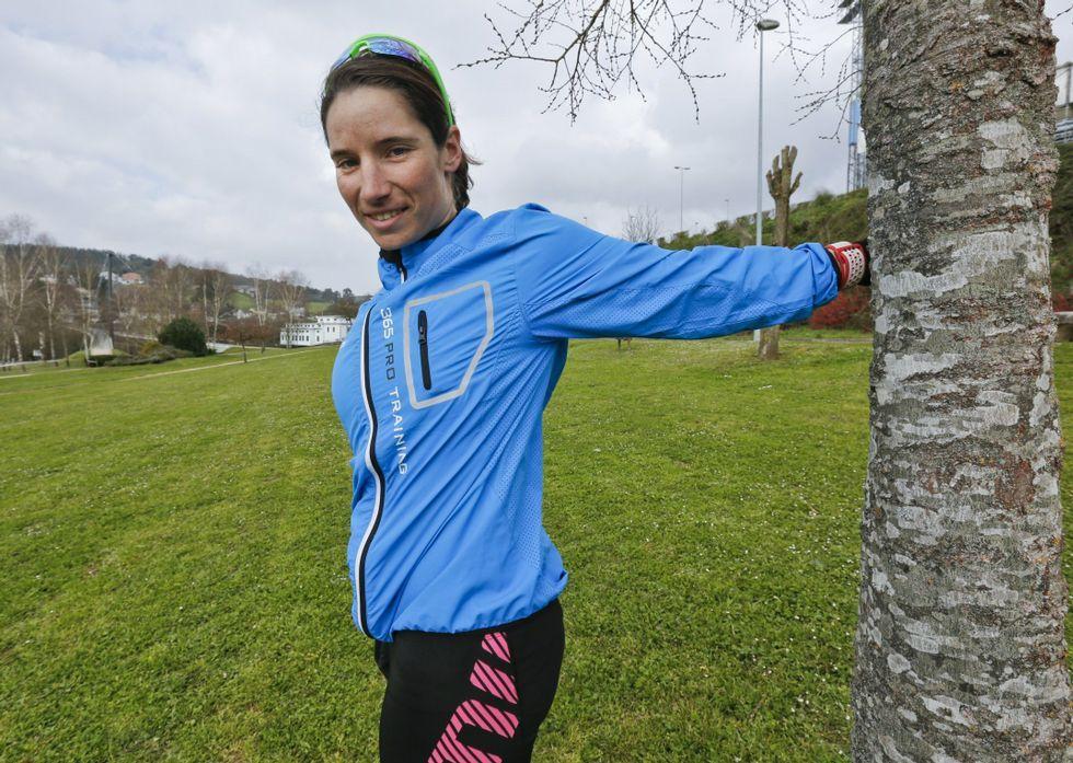 La triatleta lucense Aida Valiño quiere terminar el grado de enfermería y darse un tiempo.