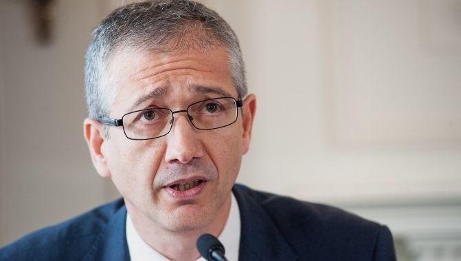 El gobernador del Banco de España, Pablo Hernández de Cos, advierte sobre el deterioro macroeconómico global