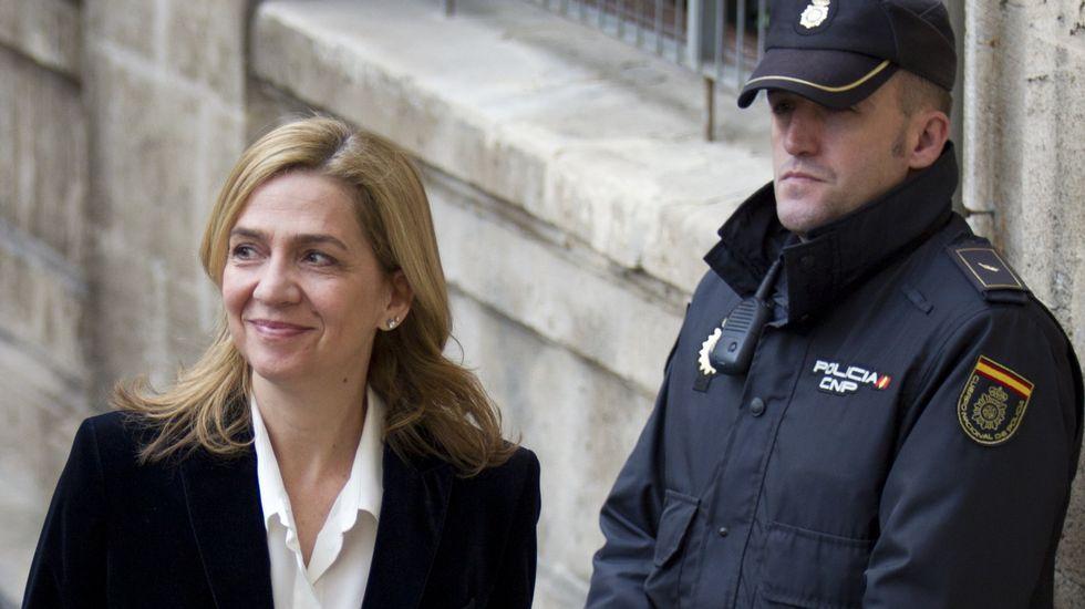 Urdangarin alega que no tuvo margen para cobrar otra cosa que los más de seis millones de euros que le pagaron las Administraciones.