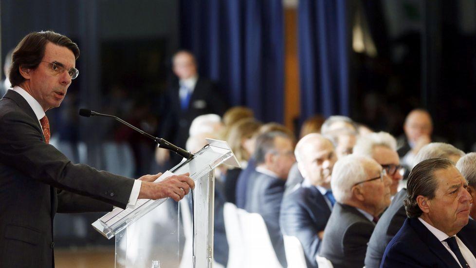 Aznar califica de «incompleta» la ruta del Gobierno para recuperar la Economía