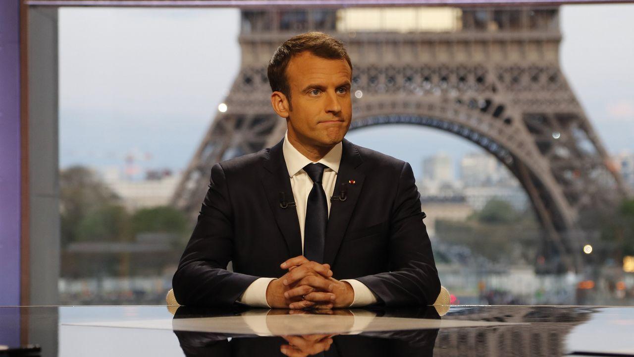 Macron, este lunes, en la Galería de las Batallas de Versalles antes del discurso ante las dos cámaras