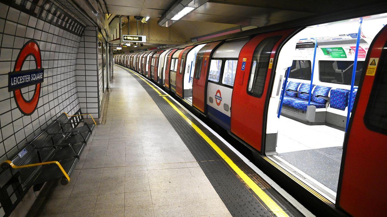 El metro de Londres completamente vacío