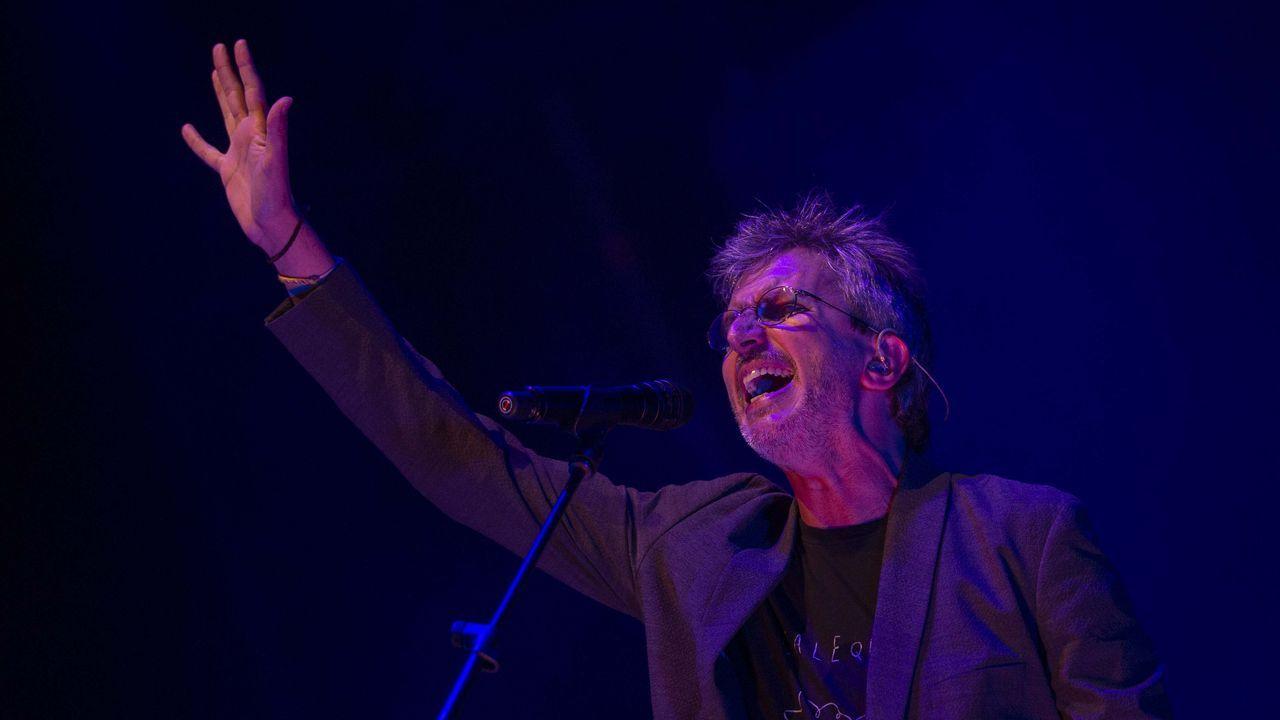 Warhol pasea sus latas por Vigo.Xoel López actuará por doble en el PortAmérica. Uno en solitario y otro con la banda Deluxe, que regresa para ofrecer un único concierto.