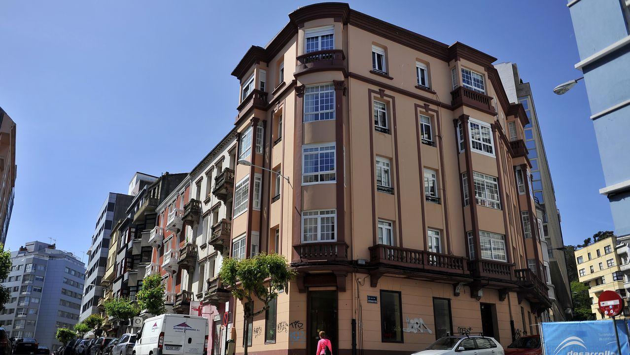 bonito.Este inmueble de la calle Historiador Vedia con protección III es un ejemplo de rehabilitación. Fue construido entre 1931 y 1936