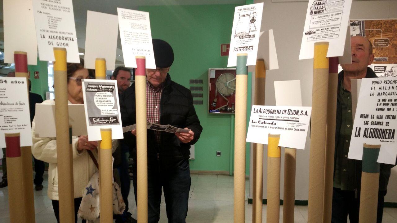 Uno de los rincones de la exposición sobre La Algonera de Gijón