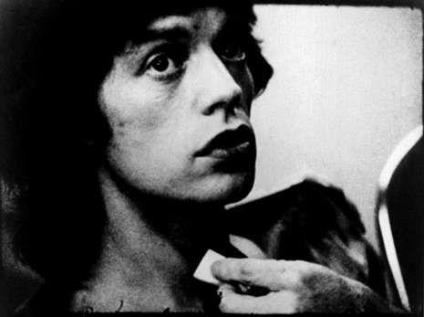 Manos Limpias asegura que el impostor Nicolás tenía un padrino.Mick Jagger, en un fotograma del documental «Cocksucker blues».