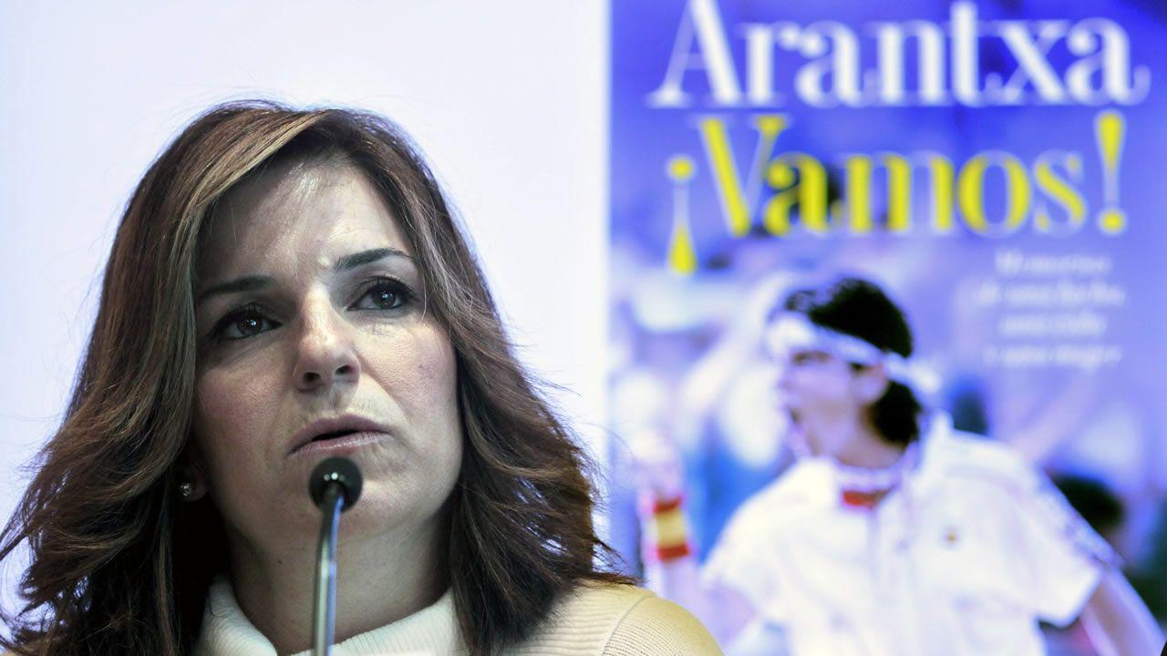 Deportistas gallegos con aspiraciones de ir a los Juegos Olímpicos de Tokio 2020.Arantxa Sánchez Vicario y Josep Santacana en una foto de archivo