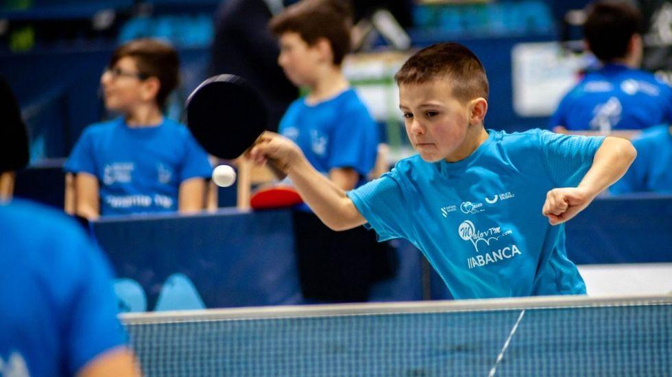 La Federación Galega de tenis de mesa presentó en Pontevedra el nuevo logo