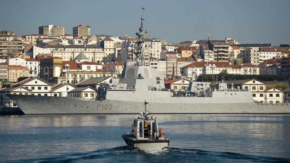Pontevedra, ciudad invitada a la cumbre del clima de París.La F-103 atracada en el Arsenal