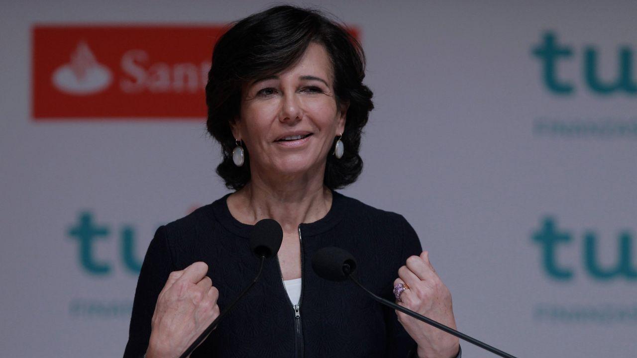 «Los salarios van a ir normalizándose».Ana Patricia Botín, presidenta del Santander