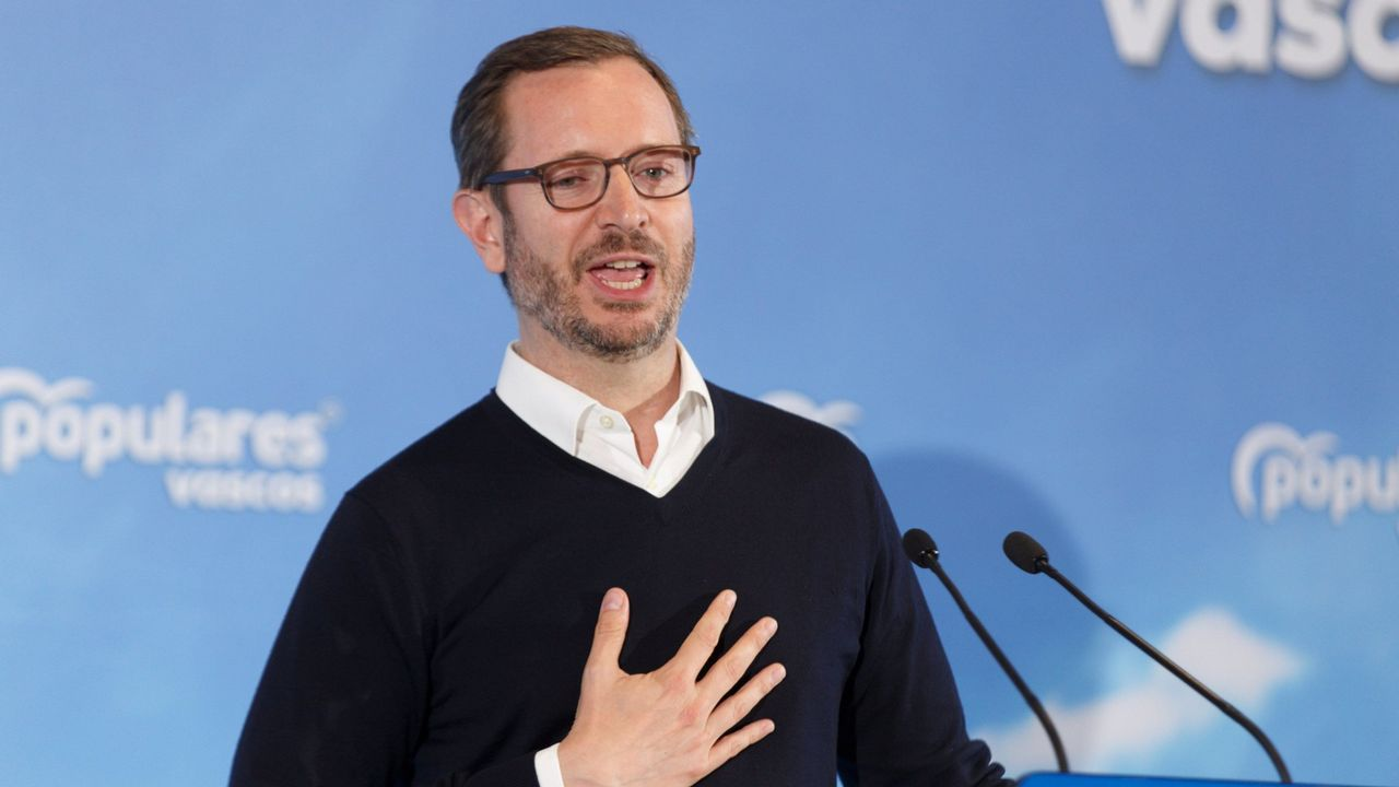 Ramón Espinar lanza un órdago a Iglesias y Montero.La candidata del PP a la Asamblea de Madrid, Isabel Díaz Ayuso