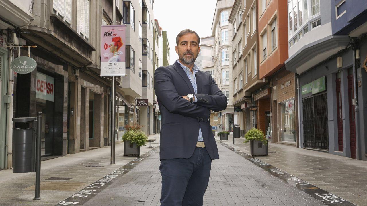 Diego Vázquez nació en 1974 y es consejero delegado de la empresa Vázquez y Reino