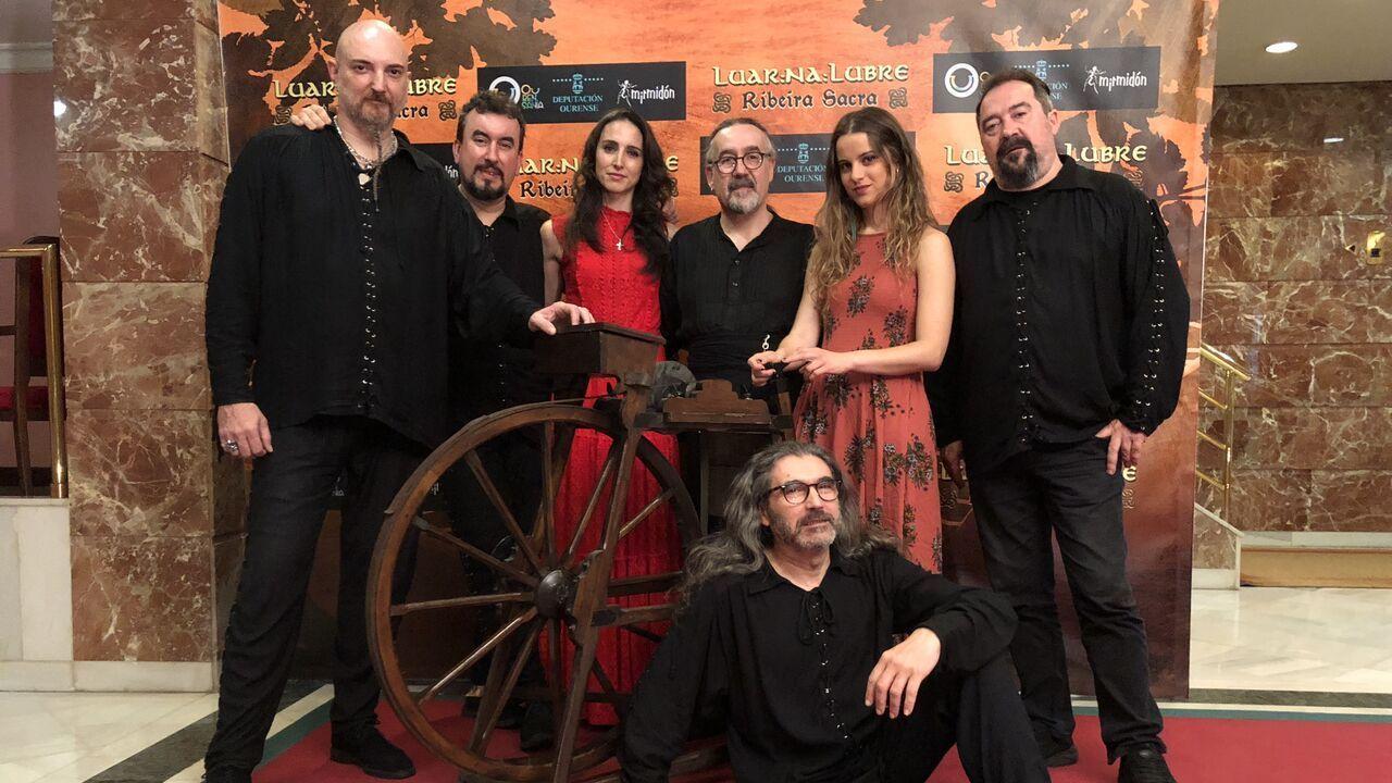 Cambados homenaxea as Letras Galegas.Luar na Lubre actúa en las fiestas de O Páramo