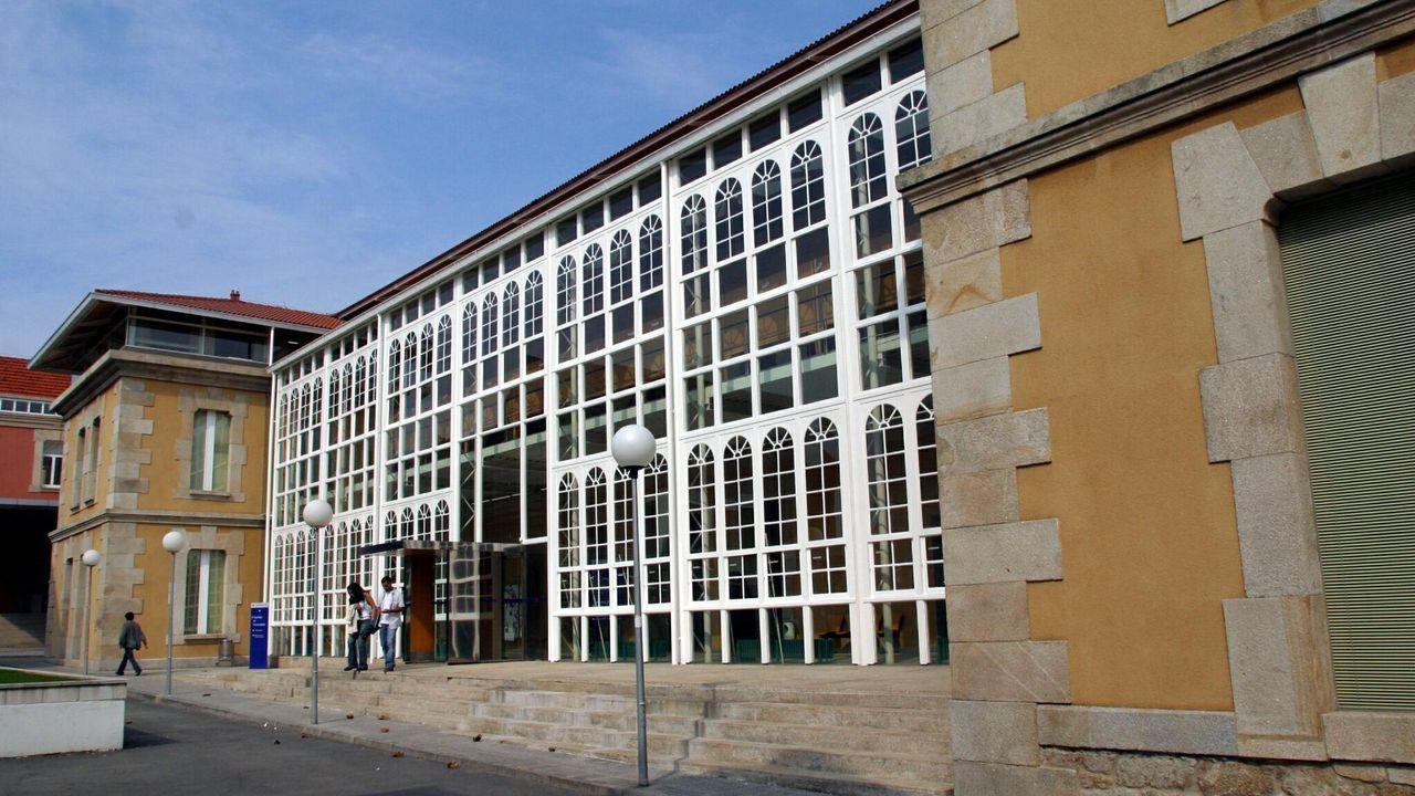 Imagen de archivo de la facultad, donde se imparte Humanidades, Gestión Digital de Información y Documentación y Gestión Industrial de la Moda