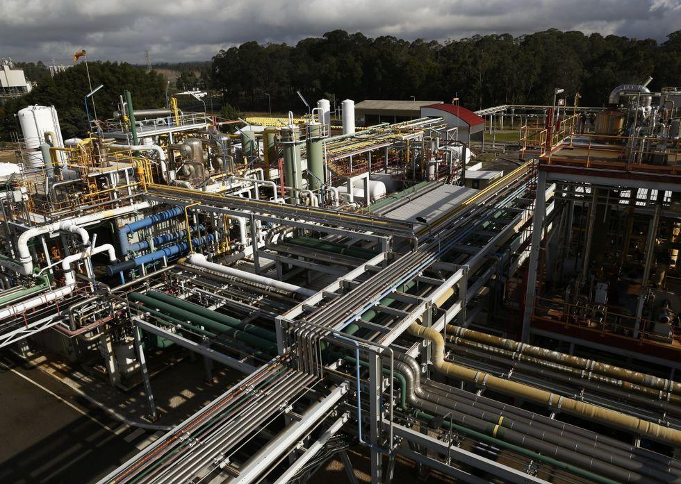El Algarrobico, a un paso de ser demolido tras diez años de retraso.Sección dedicada a la producción de cloro con tecnología de membrana en la fábrica de CUF en Estarreja.