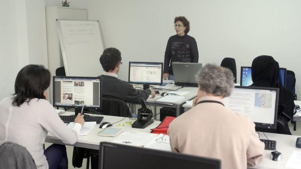 Cáritas llegó a impartir en su día cursos de formación para personas que habían solicitado microcréditos