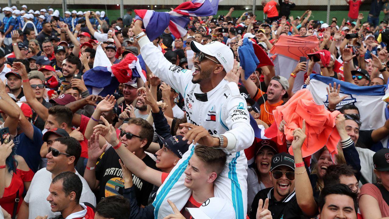 El español Fernando Alonso, doble campeón del mundo de Fórmula Uno y líder del Mundial de Resistencia con el equipo Toyota Gazoo Racing presentó este viernes, en el circuito en el que disputa las Seis Horas de Shanghái, su proyecto de creación de 40 circuitos-escuela para pilotos en China que desarrollará durante los próximos cinco años.El acuerdo entre empresas privadas y organismos oficiales pretende fomentar el automovilismo en un país de unos 1.350 millones de habitantes.