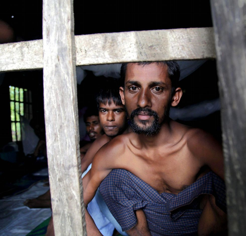 «Dos tetas tiran más que dos carretas».Inmigrantes rohingyas, ayer en Maungdaw.