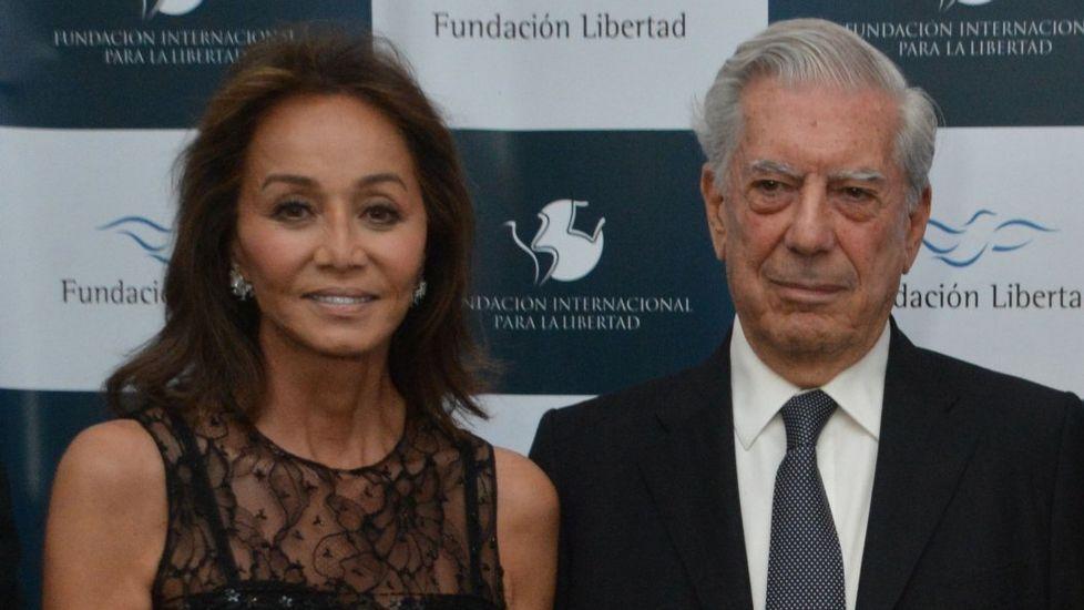 Isabel Preysler, junto a Mario Vargas Llosa
