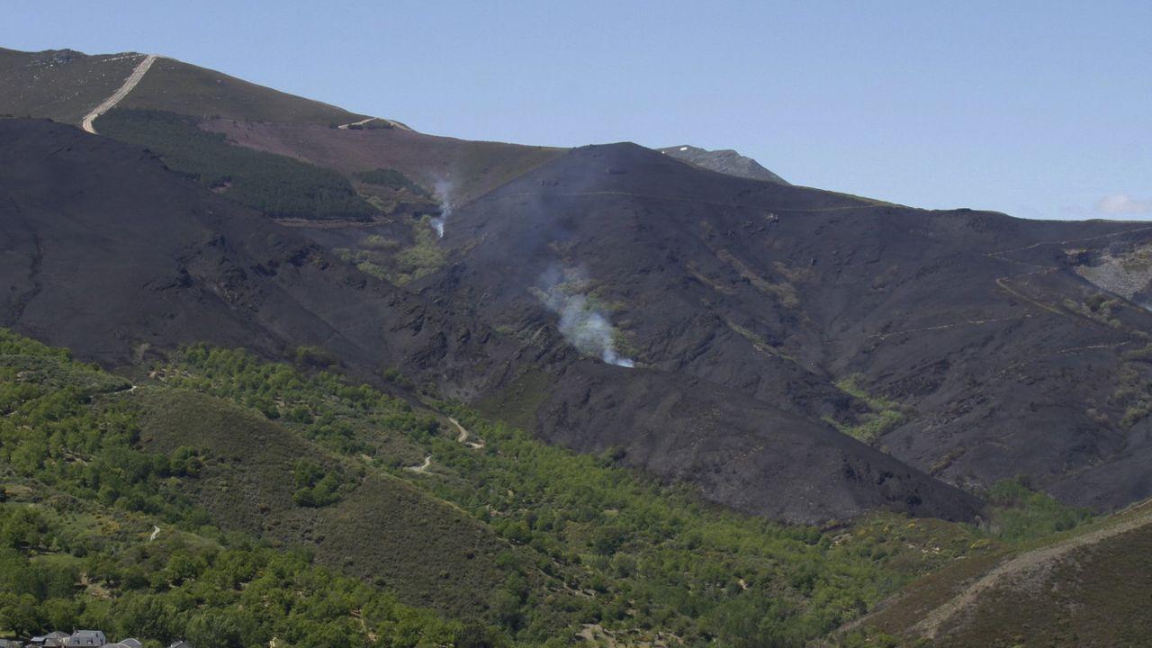 Imagen de archivo de un incendio en el parque de A Lastra