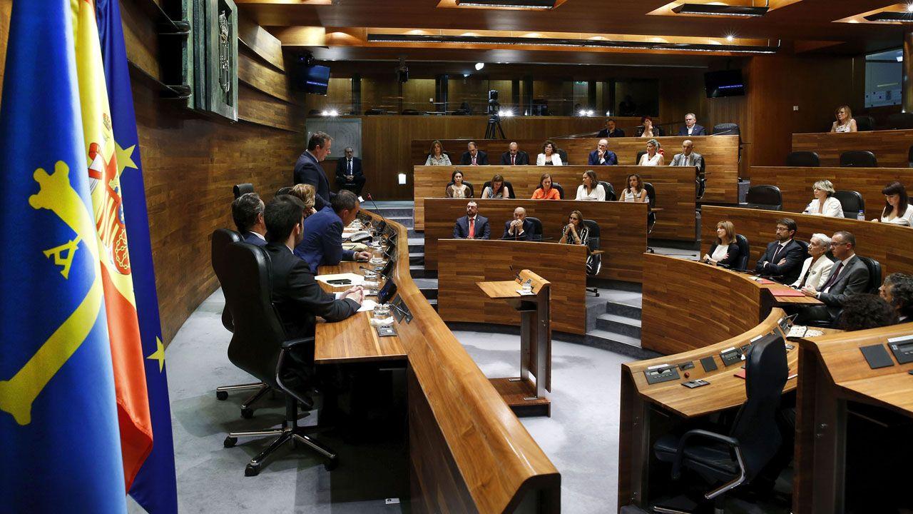Vincent García participó en Oviedo en la presentación del ensayo ganador del Premio Máximo Fuertes Acevedo basado en su vida,  42.553: después de Buchenwald, de Xuan Santori Vázquez.Pleno institucional del Día de Asturias