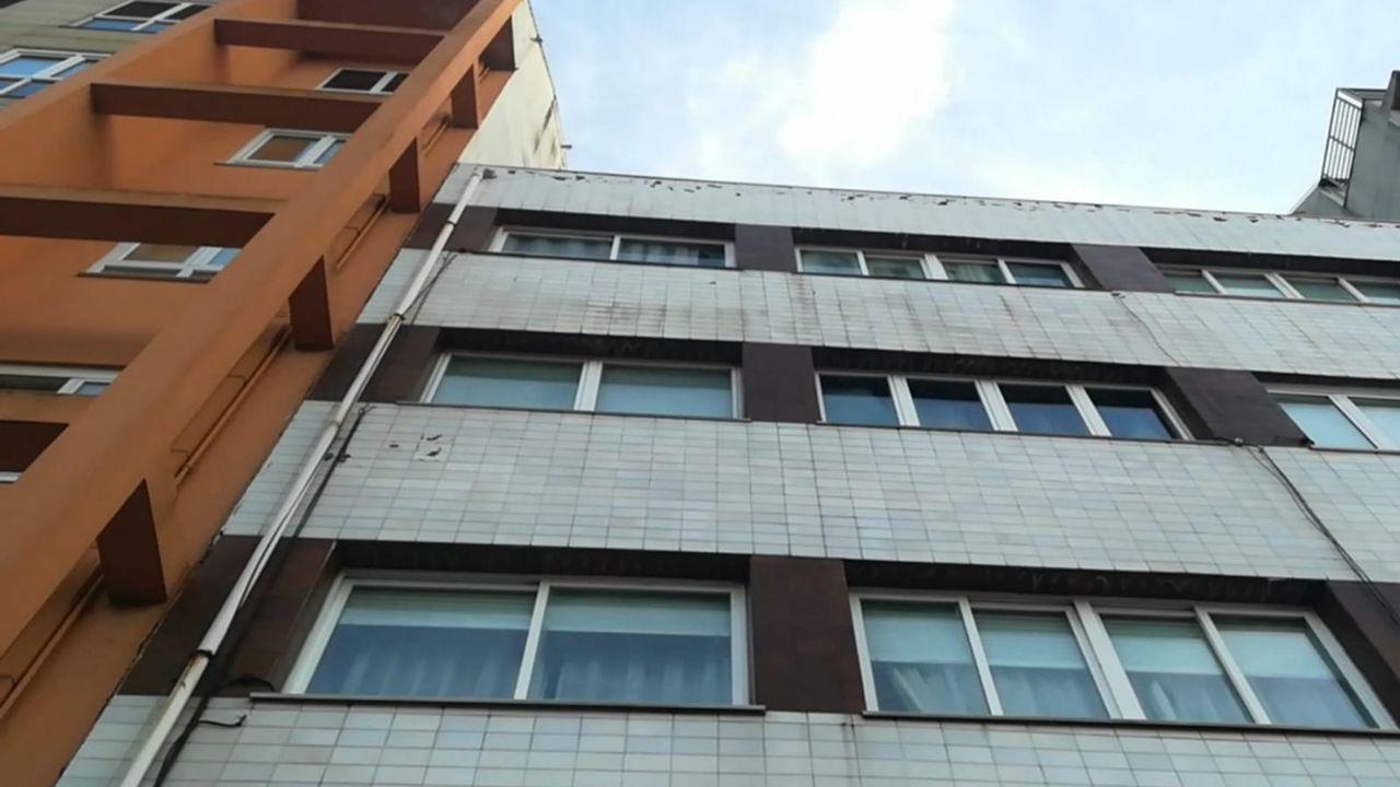 Peligro de desprendimientos en un edificio de Vilaboa.PSOE Sada
