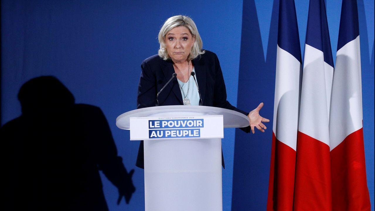 La formación capitaneada por Marine Le Pen se haría con el 22 % de los votos, pasando de los 15 a los 21 escaños, y sería por peso el cuarto partido con más presencia en el Parlamento Europeo.