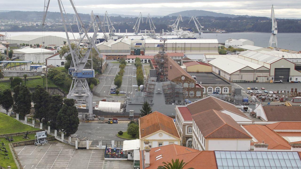 El buque quedó varado en el dique tres de Navantia Ferrol