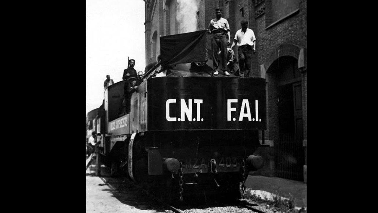 Un tren con propaganda de anarquistas de CNT y FAI, entre los que estuvo el padre del actor asturiano Arturo Fernández, que tuvo que huir de España