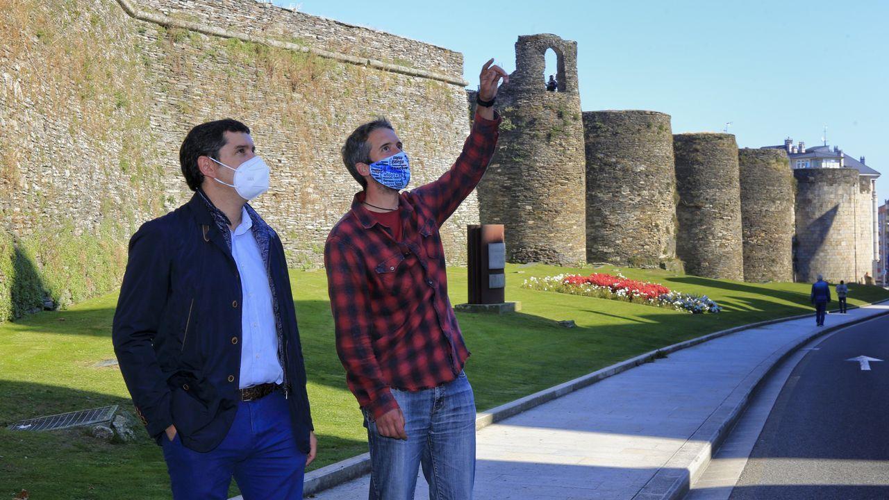 Rubén Arroxo junto a Pablo Fuentes, jefe de ingenieros del Concello de Lugo