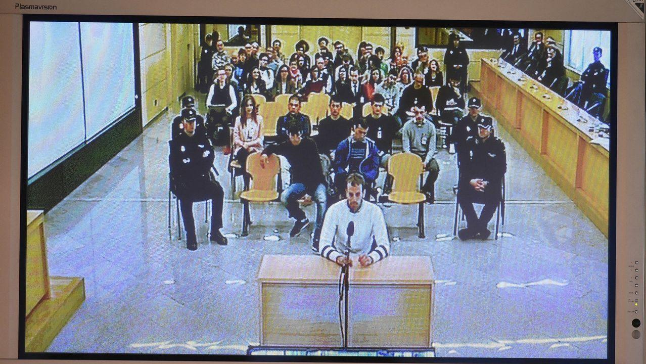 Los juristas asturianos valoran la sentencia de La Manada.Imagen de una de las jornadas del juicio