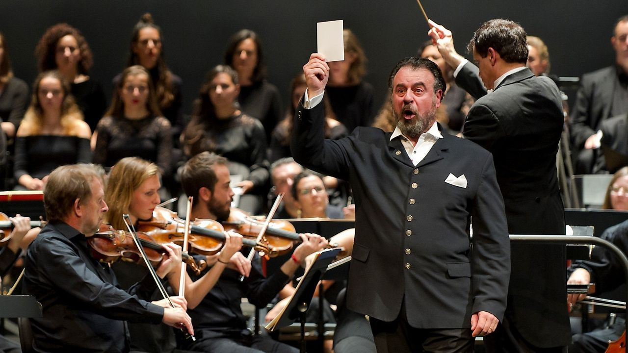 Carlos Álvarez, cantando «Don Carlo» en A Coruña el año pasado