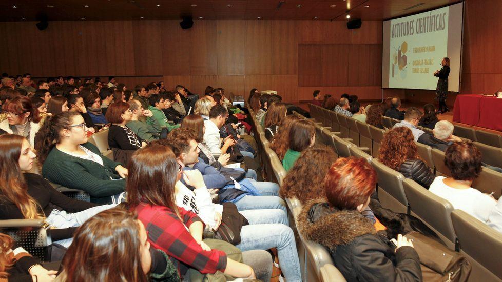 Así fue la jornada delOpen Science de Cambre.El IES Laxeiro, de Lalín, es uno de los centros gallegos que cuenta con libro digital