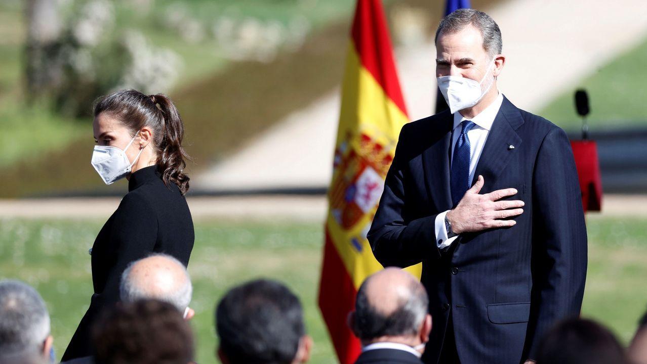 El rey Felipe VI y el presidente del Gobierno, Pedro Sánchez, en el aniversario del 23F.