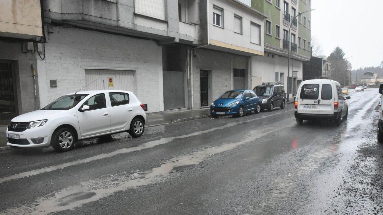 Comienza el fin del viaducto de ronda de Nelle.Accidente de tráfico en Mieres con cinco heridos y dos vehículos implicados