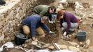 Exhumación de la tumba medieval de Atilano en el castro de Cereixa, en diciembre del 2017