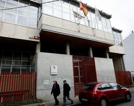Edificio de la Agencia Tributaria en Monforte.