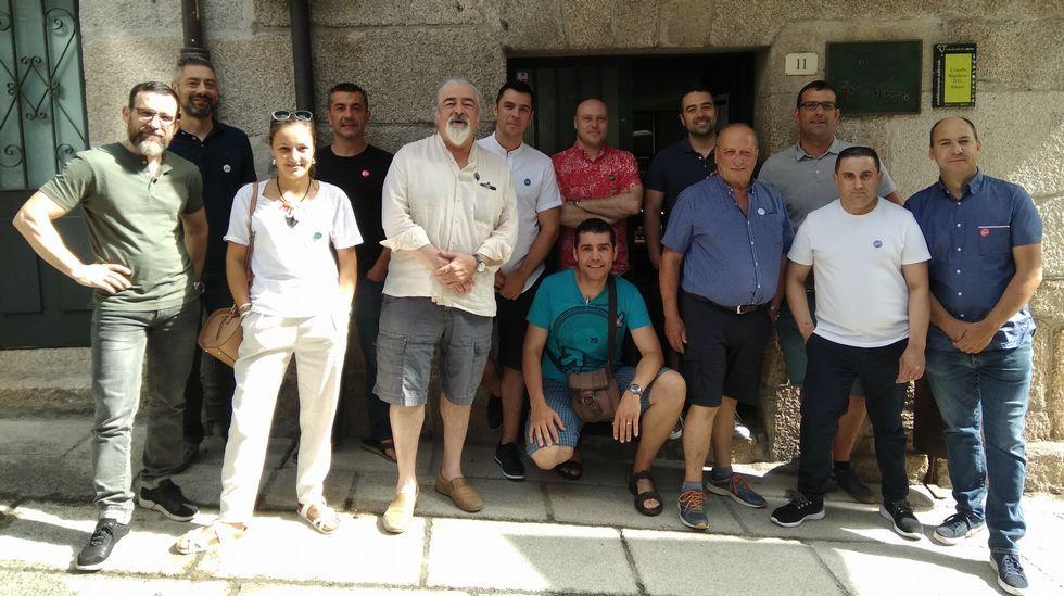 Un domingo plagado de fiestas en Ourense.Viñas en Ribeira Sacra