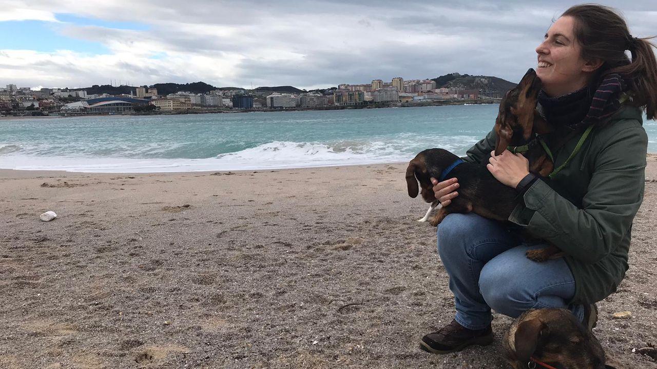 Decomisados 20 kilos de percebe a dos furtivos habituales que operaban en la zona de O Portiño