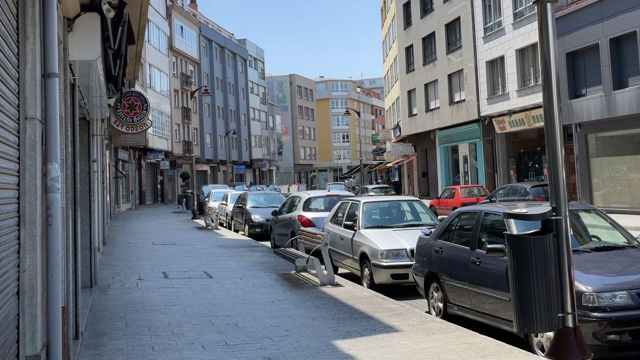 En el casco urbano de Carballo están localizados cinco pisos en los que ejerce la prostitución.