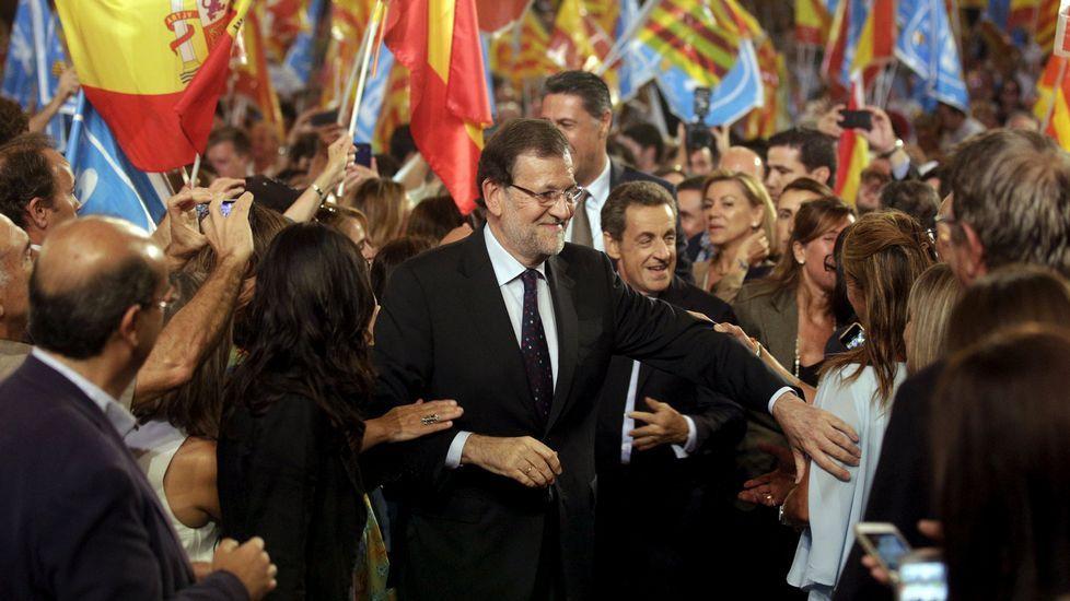 Miquel Iceta: «Hoy es un día para que vote muchísima gente».Rajoy se hizo acompañar por Sarkozy, quien dijo que las elecciones son un problema de Europa.
