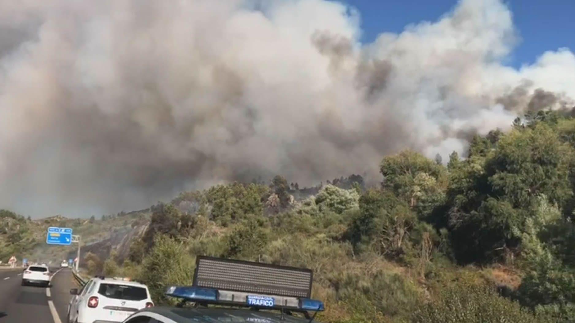 El fuego se ceba con Ourense
