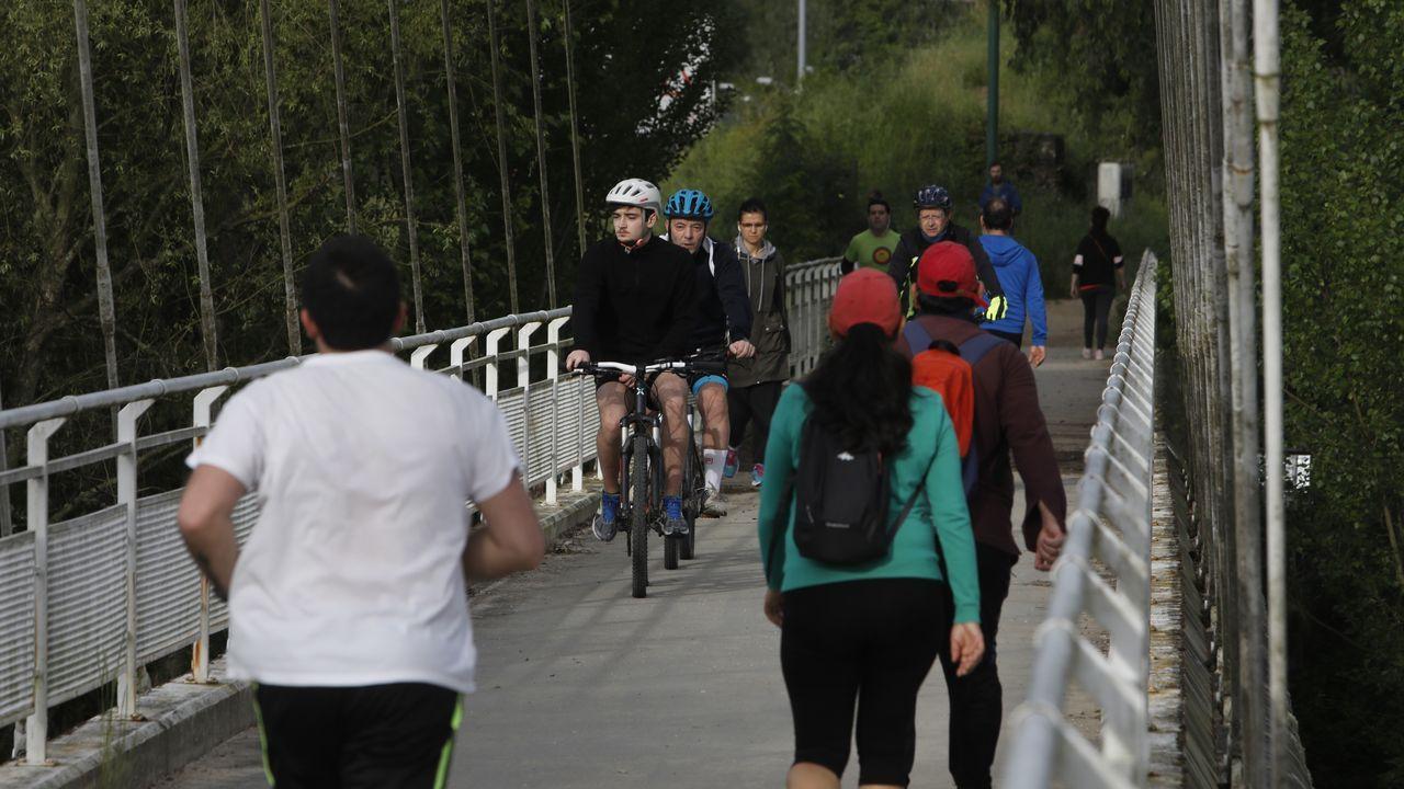 Gente haciendo deporte o paseando en Ourense