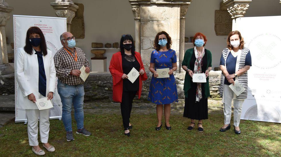 Graduaciones en las Facultades de Ciencias y de Educación del campus de Ourense.Presentación das xornadas