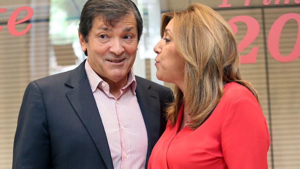 Patxi López junto a Javier Fernández