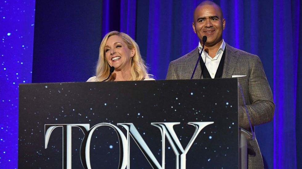 Los actores Jane Krakowski y Christopher Jackson anunciaron la lista de candidatos.