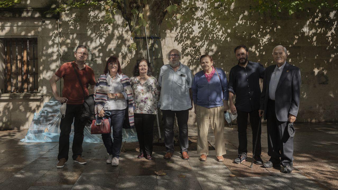 Acto coa familia en Ourense. Na presentación do epistolario tamén participaron familiares de Cuevillas