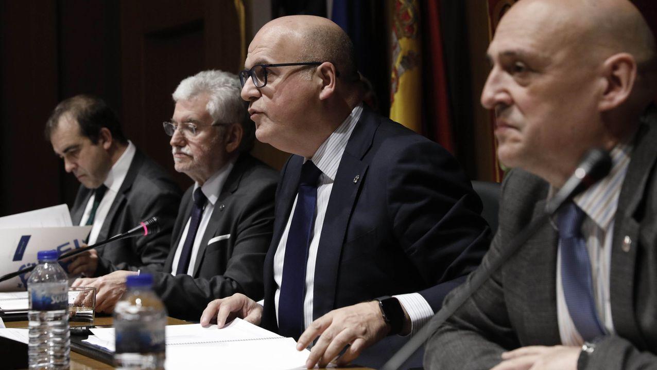 Pedro Sánchez y Pablo Casado, en diciembre del 2019, durante las conversaciones previas a la sesión de investidura