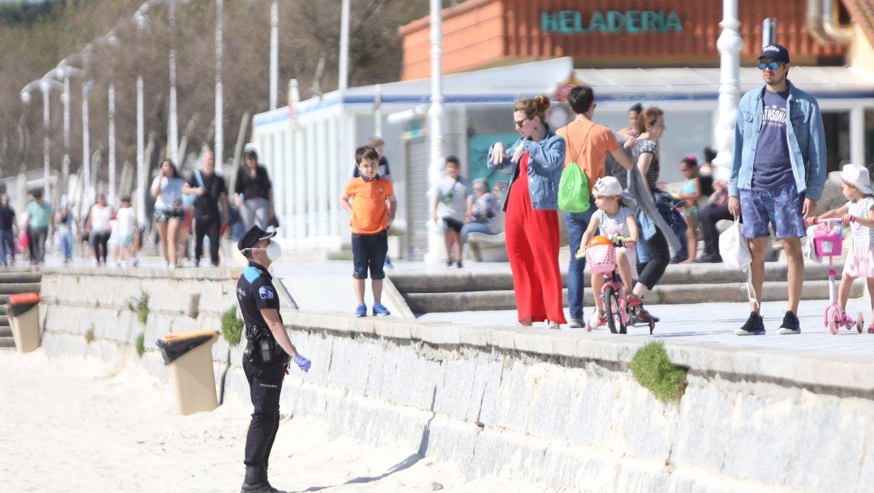 Primer domingo de fase 1 en Galicia: nadie se queda en casa.CPI de Zas